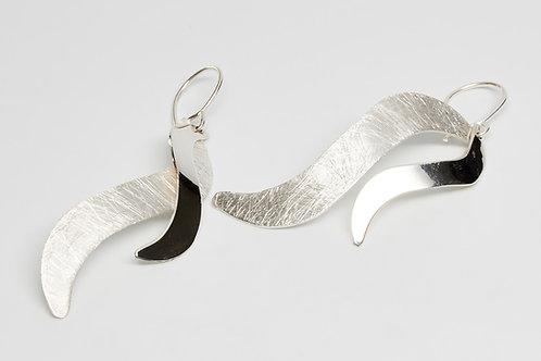 Twin Wavy Dangle Earrings
