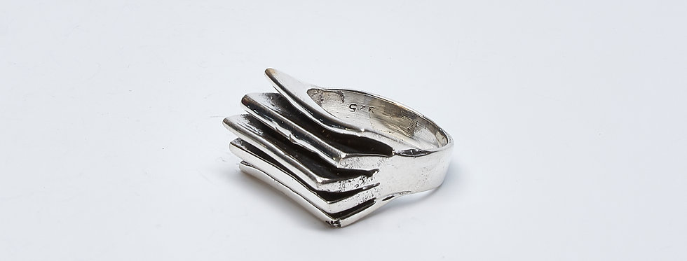 Wax Cast Oxidized Accordion Ring