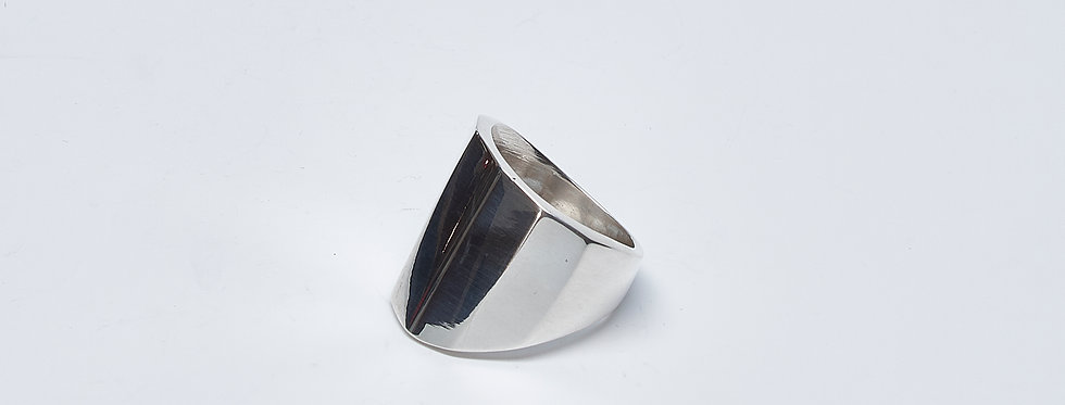 Tapered Multifaceted Ring
