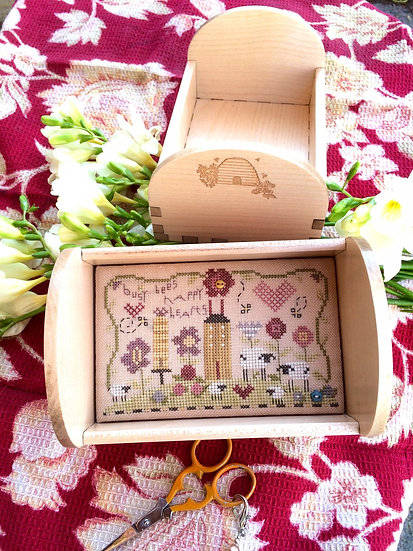 Busy Bees Tray Kit