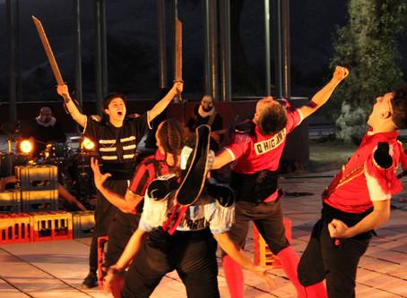 """En plaza de Tierra Amarilla: Con la obra """"Neira de la fealdad al poder"""" culminó Festival Itinerante"""