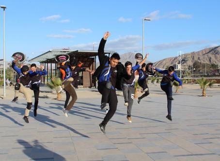 Caporales vistieron con bailes andinos al parque Kaukari Minvu durante julio