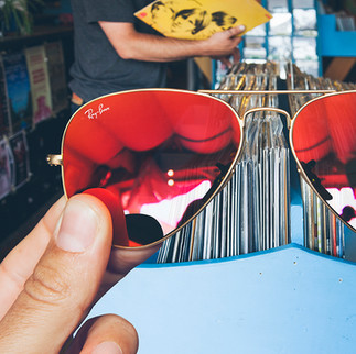 04_Vinyl_Day.jpg