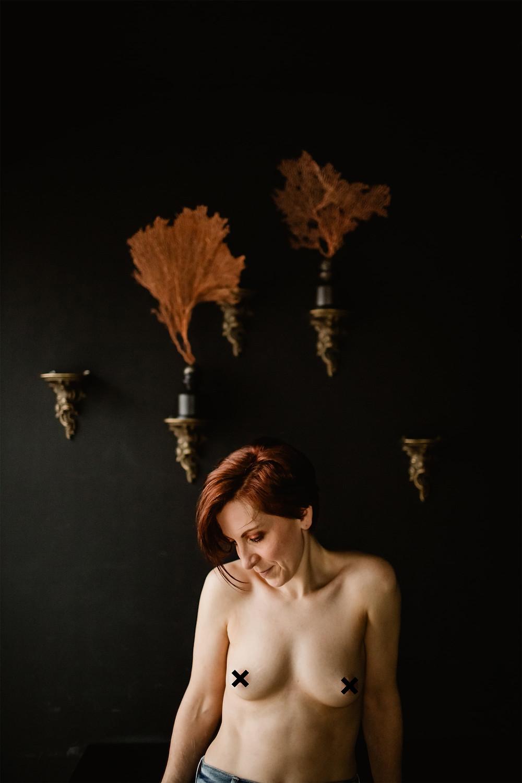 seance photo portrait intime femme paris carole j photographie