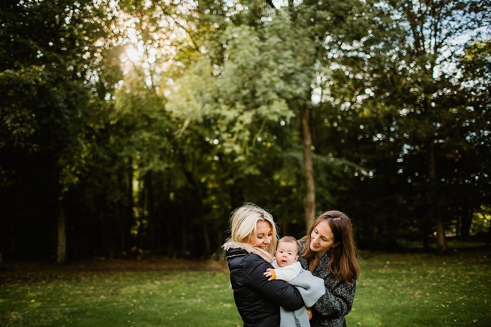 séance photo famille bébé extérieur lumière automne photographe 94