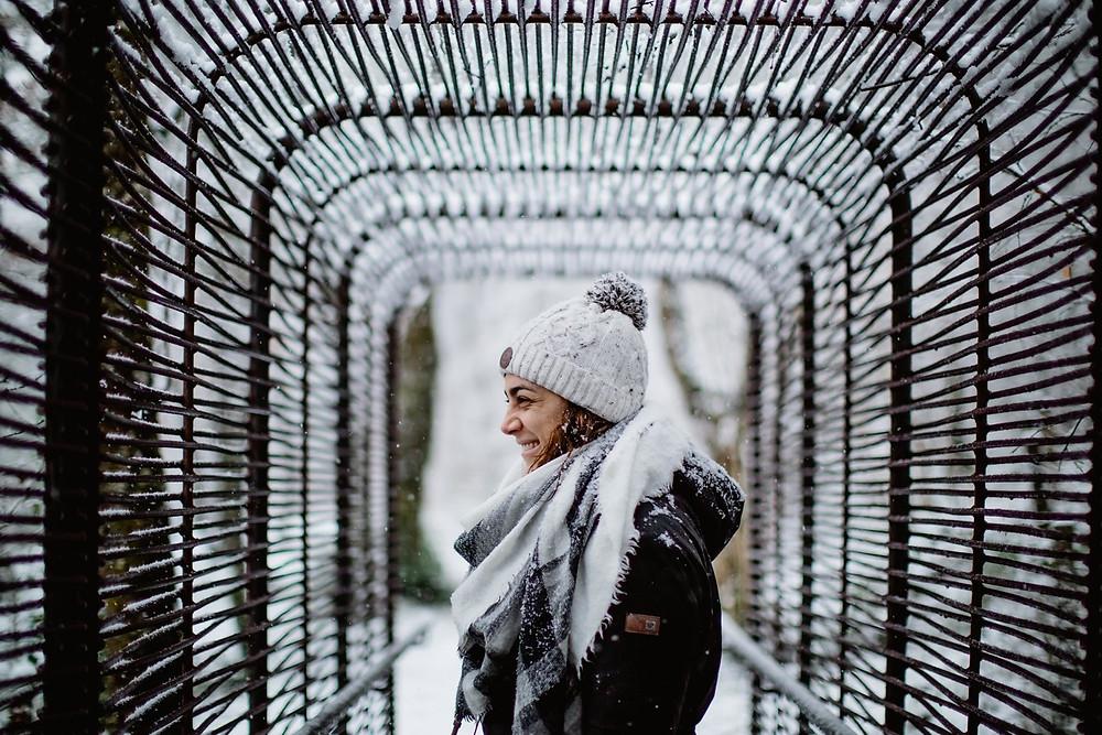 séance photo portrait femme extérieur hiver neige - photographe paris