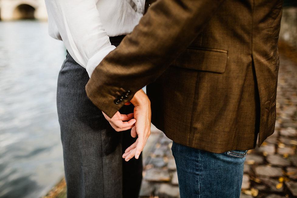 photo couple paris tendresse intimité