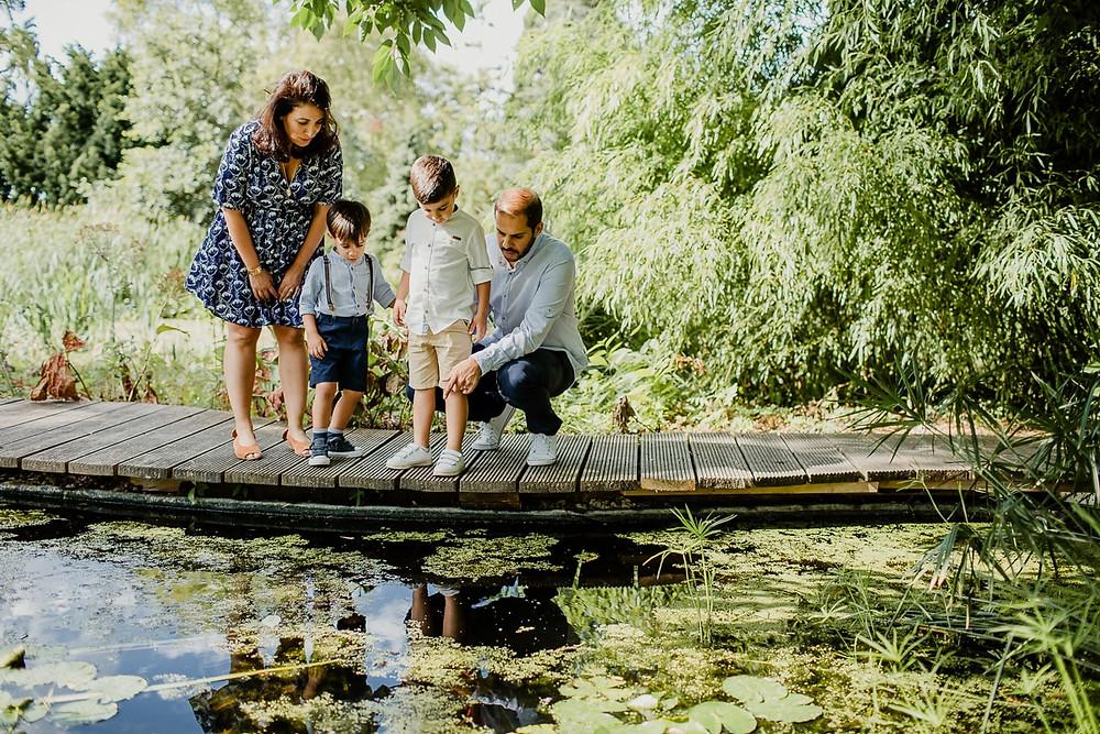 photo famille extérieur paris bois de vincennes lieu insolite - photographe famille 94