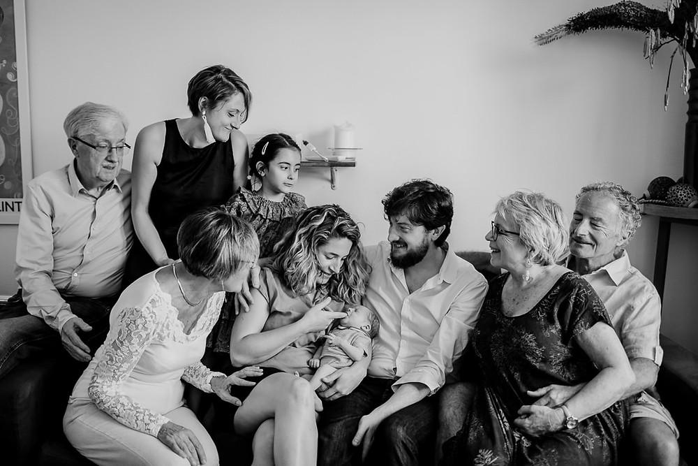 Séance photo naissance en famille Paris