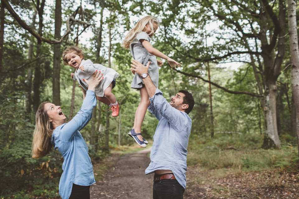 Séance photo famille dans les bois photographe 94