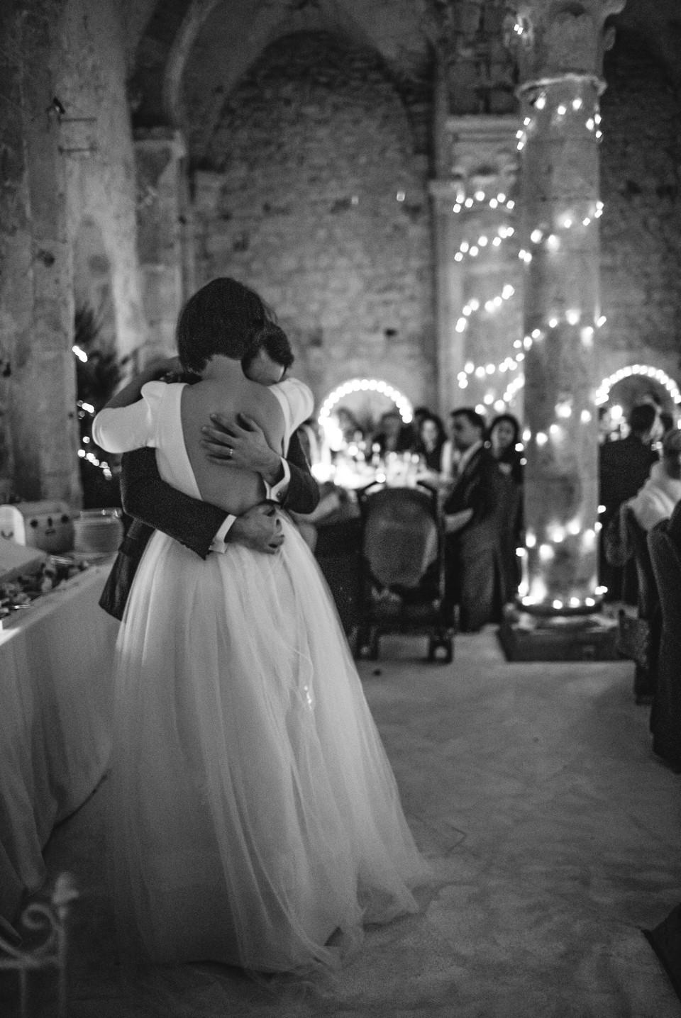 Mariage en hiver - Demeure des Vieux Bains - Première danse - Carole J. Photographie