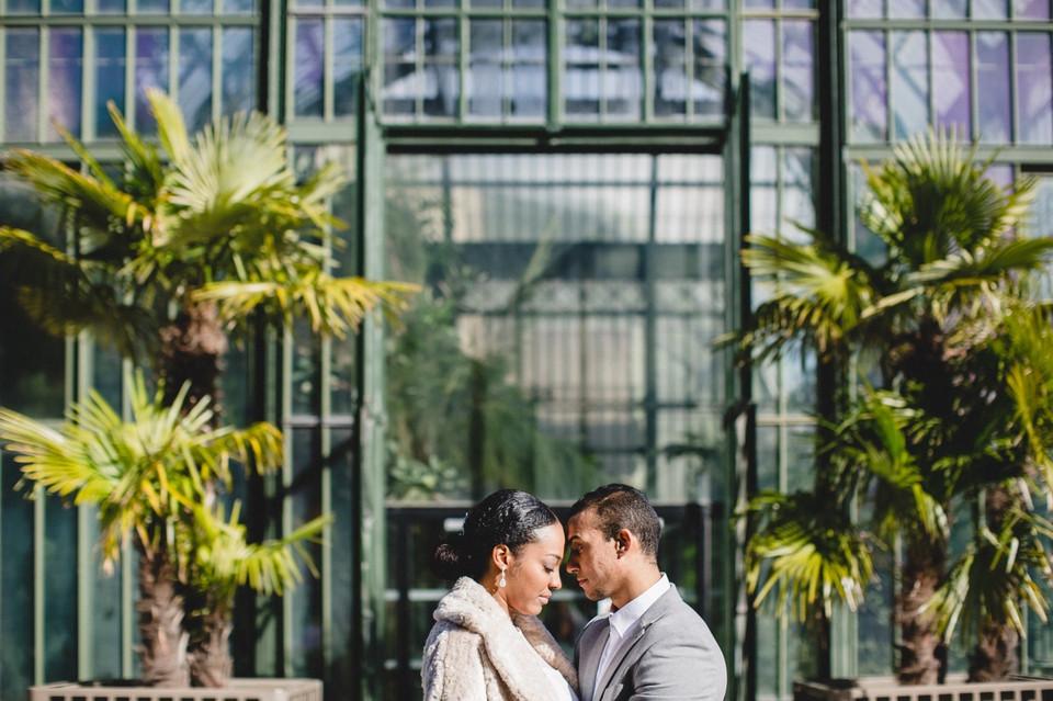 photo couple Paris jardin des plantes front contre front