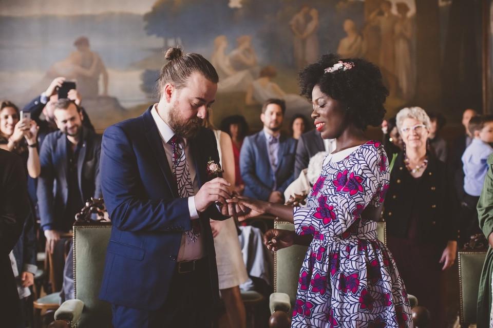 photographe mariage intime Paris cérémonie civile échange alliance
