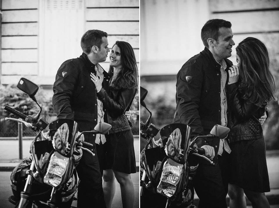 photo couple paris avec moto