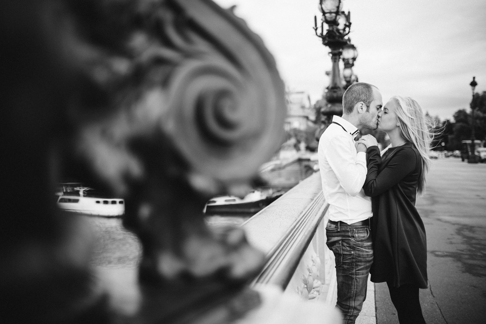 séance photo couple paris pont alexandre III