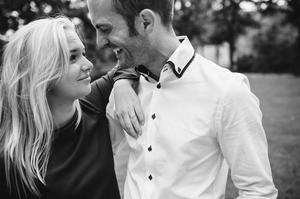 photo couple demande en mariage paris tour eiffel