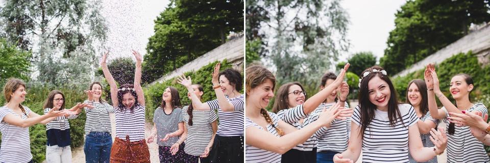 séance photo EVJF Paris - paillettes sur futures mariée