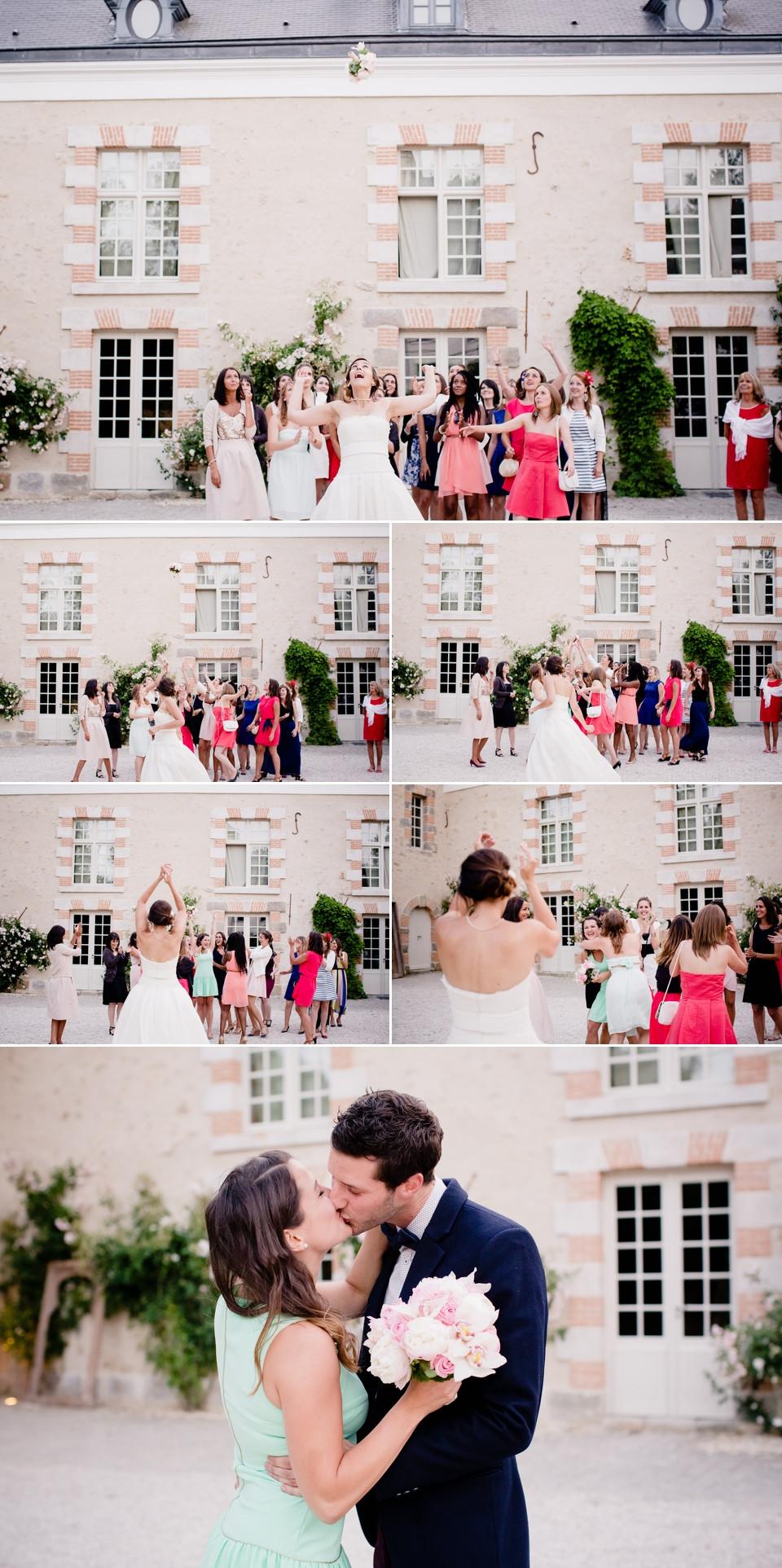 photo mariage domaine de quincampoix 91 lancer du bouquet