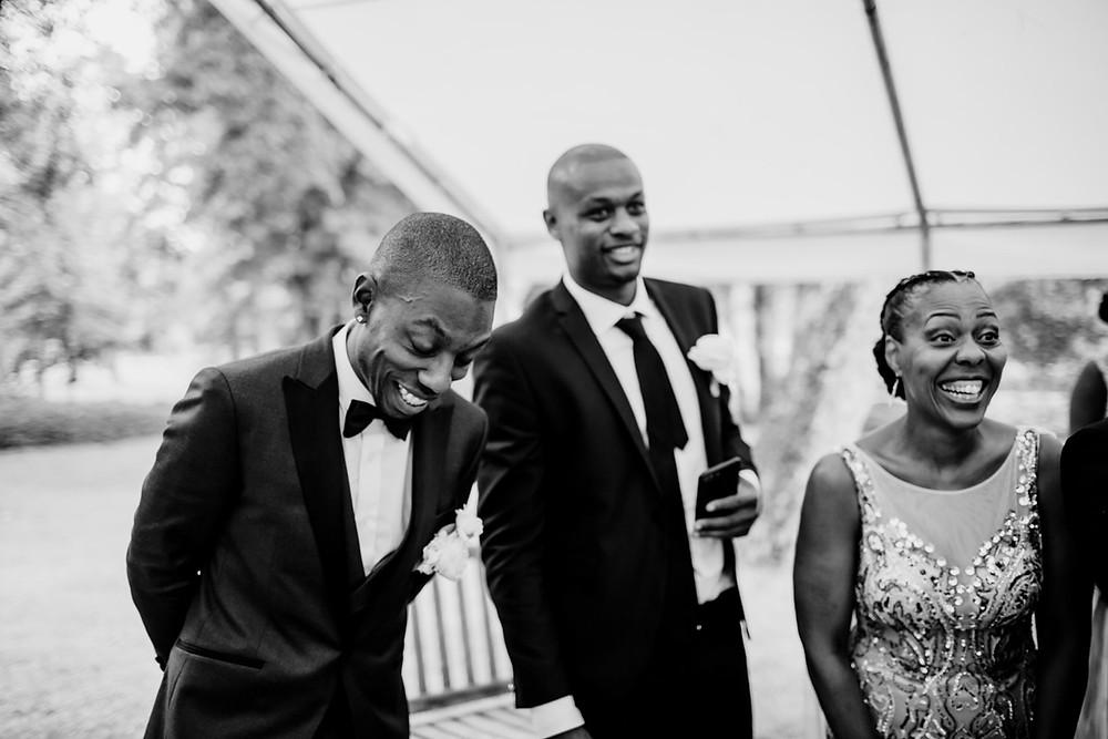 Photographe mariage Paris - Cérémonie laïque émotion du marié