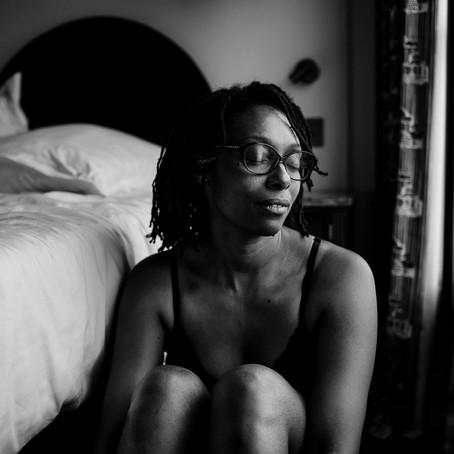 Des portraits intimes de femme pour célébrer une nouvelle vie ! (Paris)
