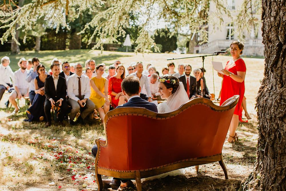 mariage Clos des Tourelles Château de la Tour Bourgogne cérémonie laïque