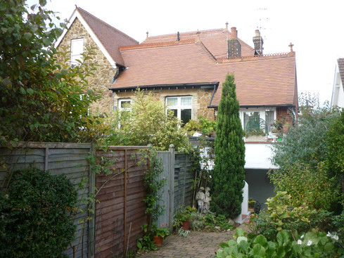 Garden shot Flat 4, 68 Epsom Road.JPG