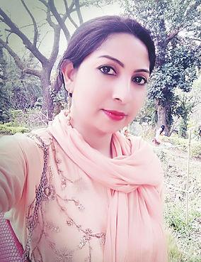 Sabina Alia_Profile Pic.jpg