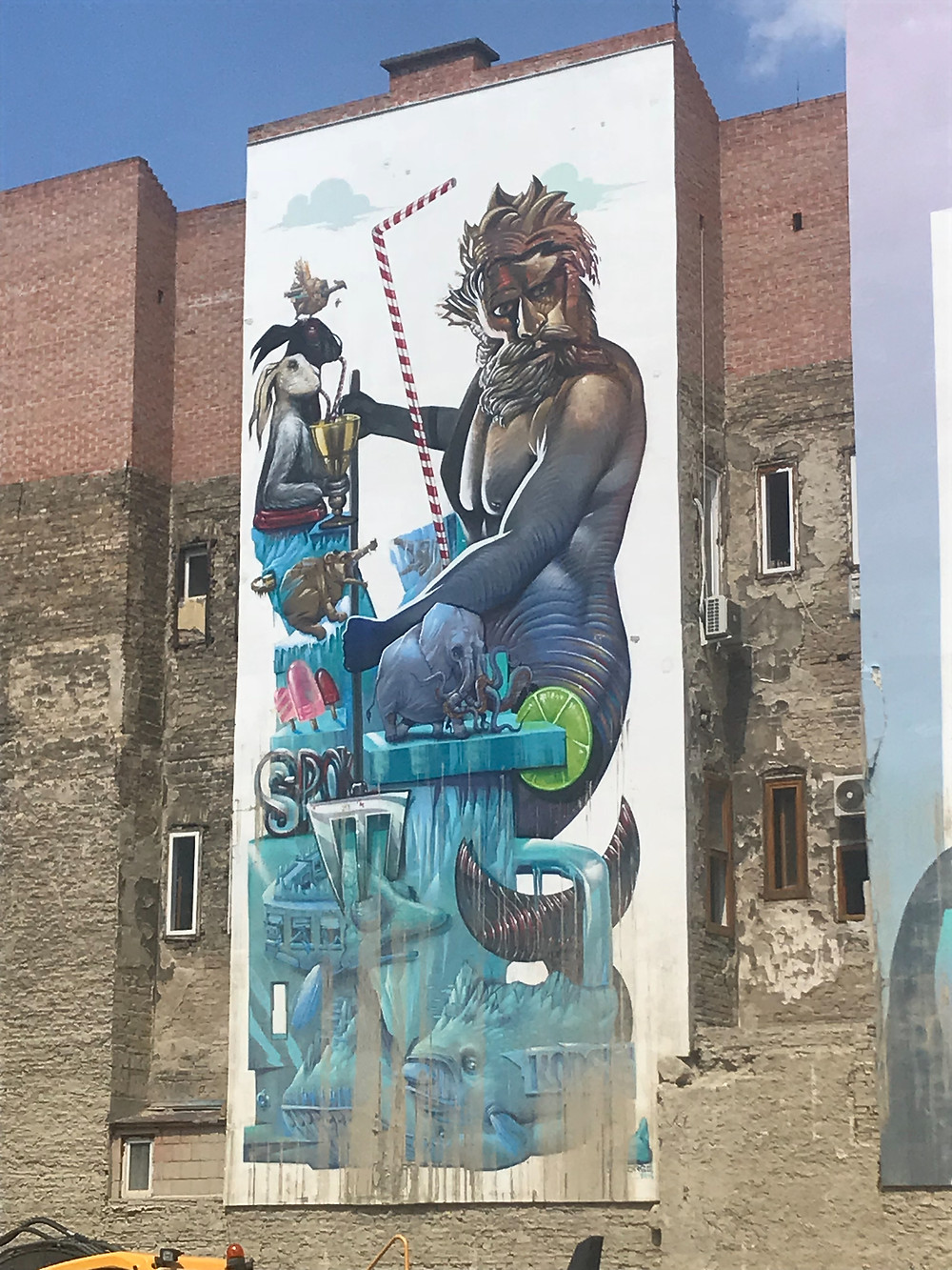 Unfourtanly, many Mural Paintings in Budapest will disappear:Poseidon | Artist: Felix Spok Brillor and KÓRZE | Location:  Nagy Diófa street 14