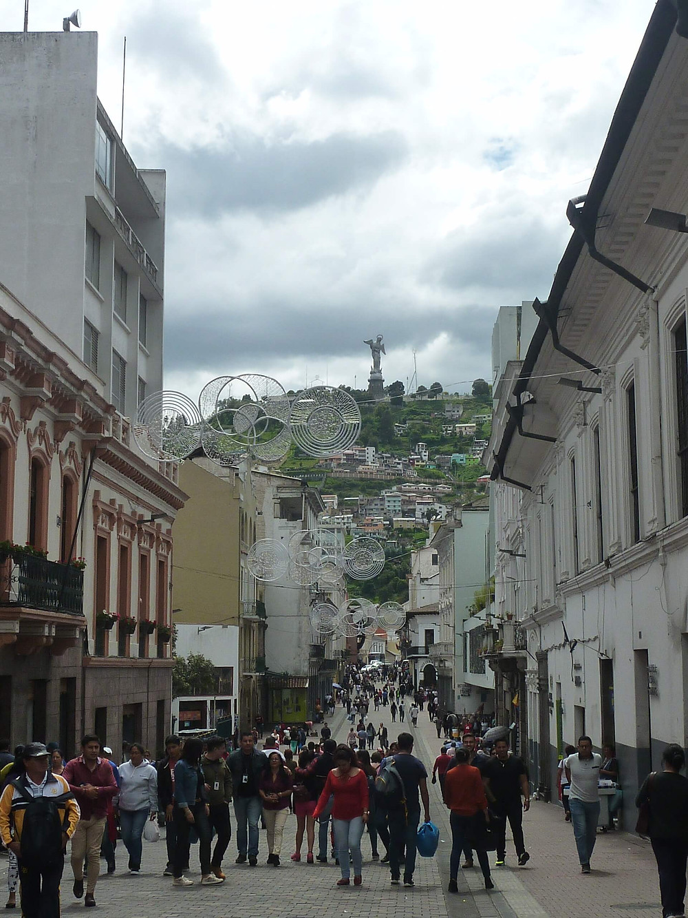 Old Town in Quito, Ecuador: the Capital closest to the sun in the Middle of Earth. Find a Ecuador Guide and Quito Itinerary here.