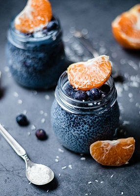butterflypea_blue_chia_pudding.jpg
