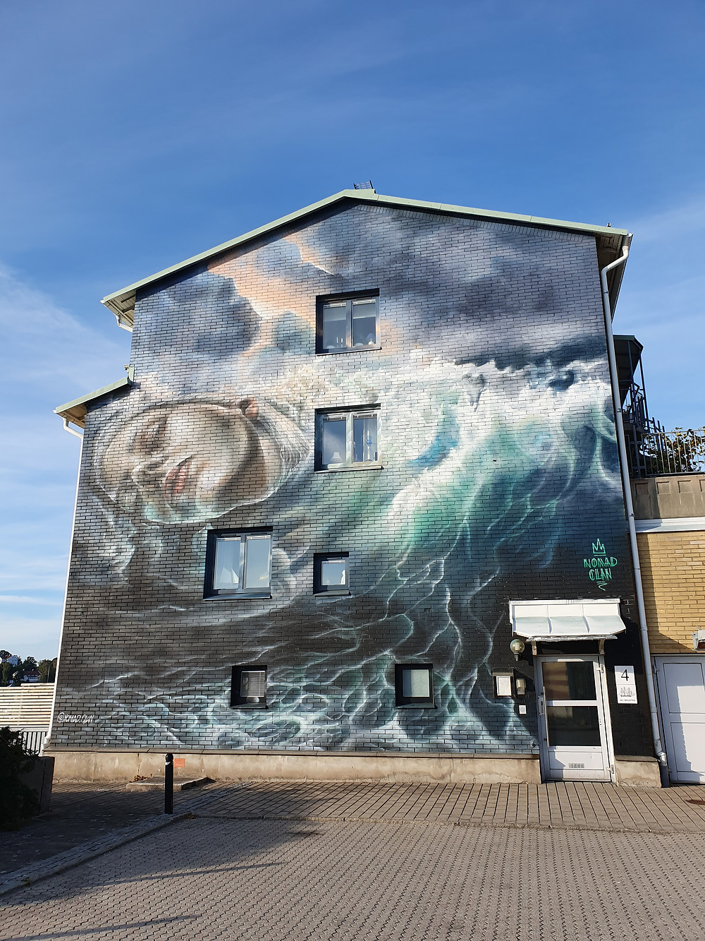 Amaxing and detailed Street Art in Stenungsund Sweden. Nomad Clan did this Big Mural for the Artscape Saga Street Art Project 2019.
