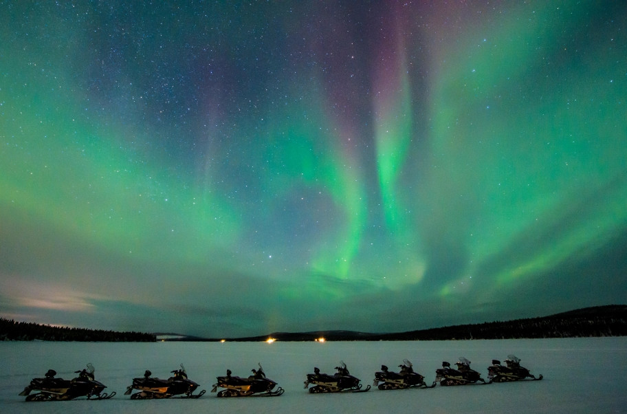 At ICEHOTEL you have a a lot of Activities and Tours. Northern Lights on snowmobile excursion | Photo: Asaf Kliger