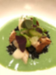 Aspargus and Sorrel dish spiced up with Wild Garlic! A supertasty first dish in an interesting Tasting Journey at Restaurant Onyx.