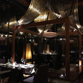Sra Bua by Kiin-Kiin at Kempinski Hotel Siam