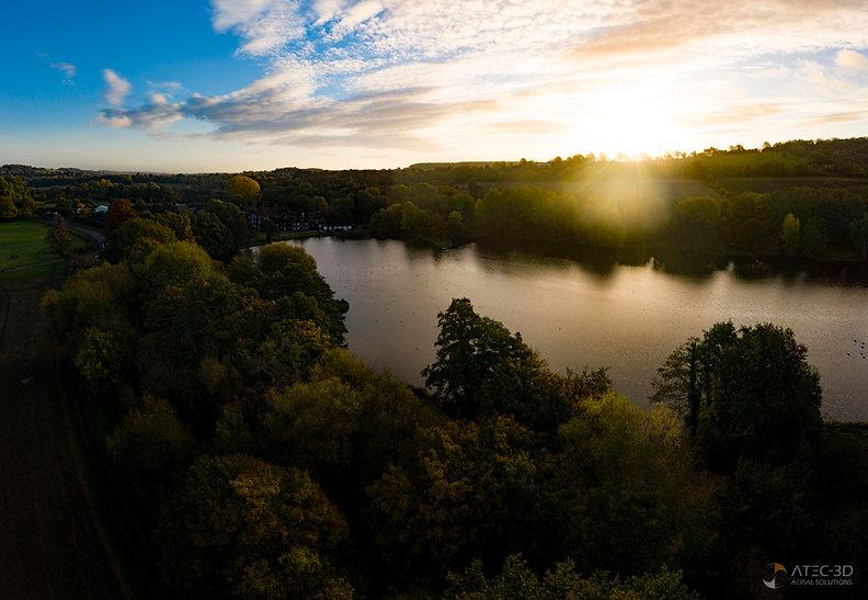 Lake pano 1.jpg
