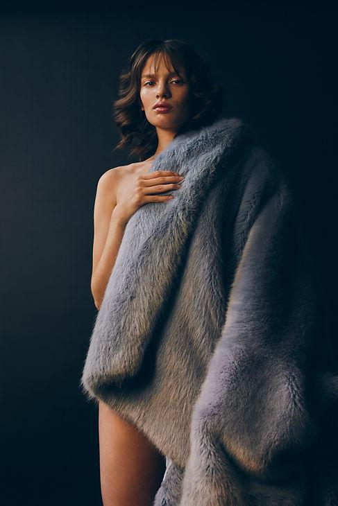 Nina Duque retouching for Marta Literska