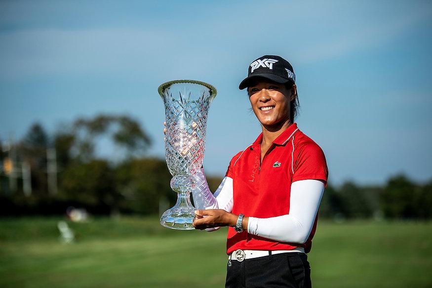 Celine Boutier trophy.jpg