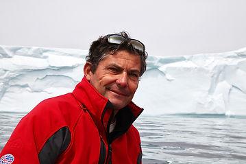 Didier-et-Iceberg1700.jpg