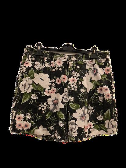 Denim Shorts mit grossen Blumen
