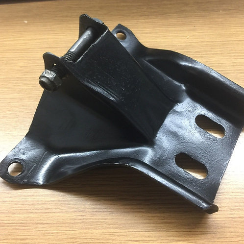 C2 Corvette Crossmember Mount Bracket
