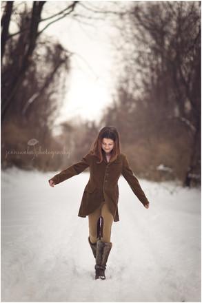 Hudson Valley Teen Photographer   Francesca's Snowy Session