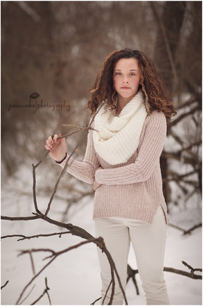 Hudson Valley Teen Photographer | Kelcie's Snowy Session