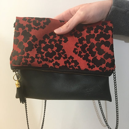 TAPESTRY CLUTCH- Red and black