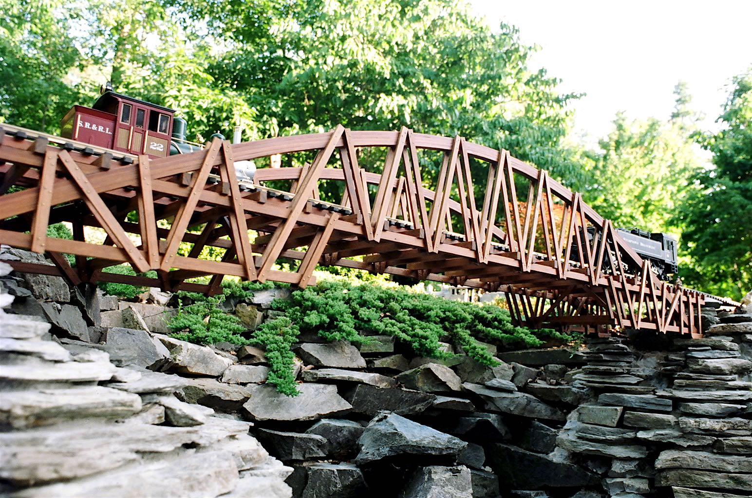 """-Garden-Texture 85""""Arch Bridge"""