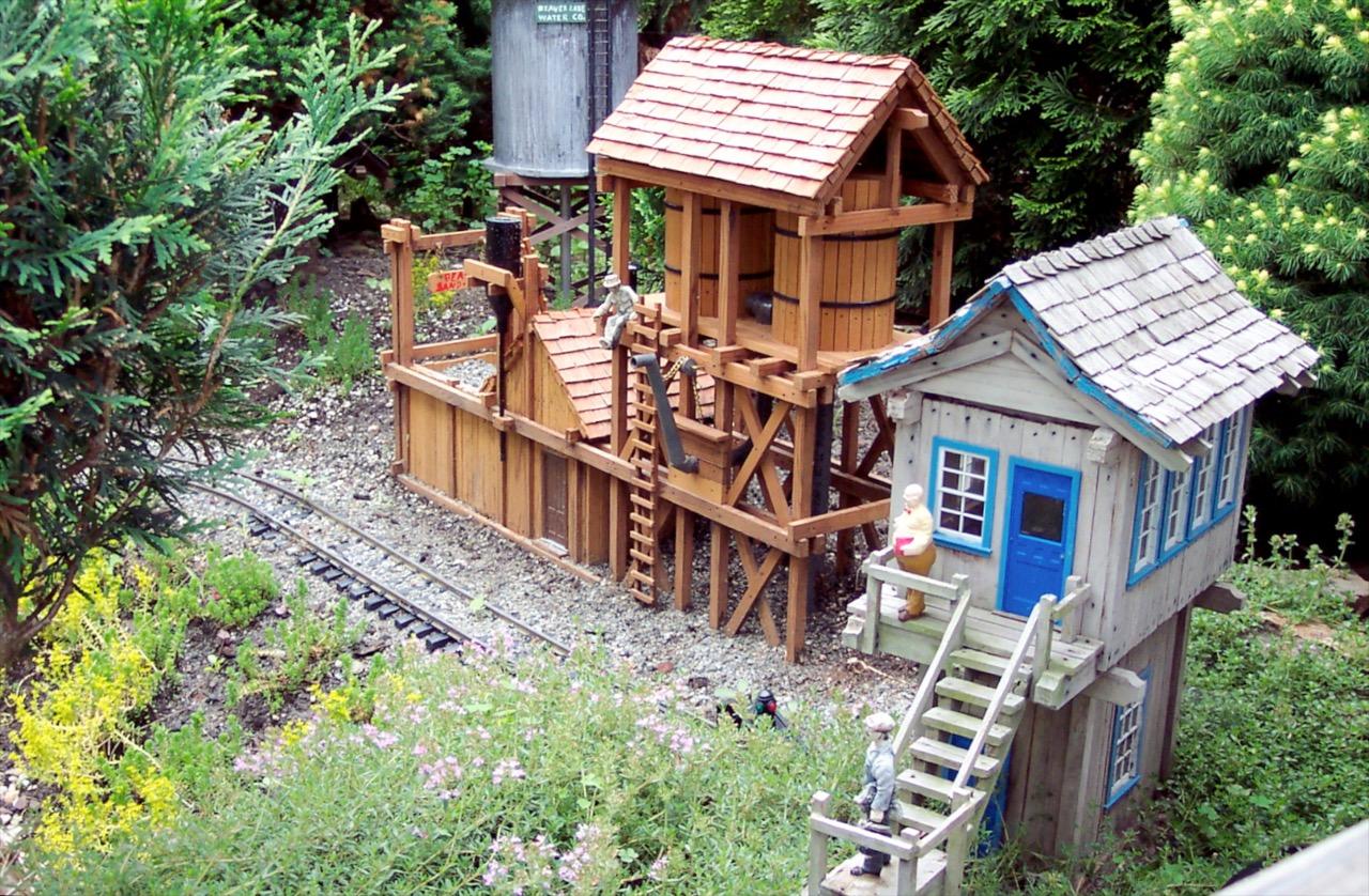Garden-Texture Sand & water facility