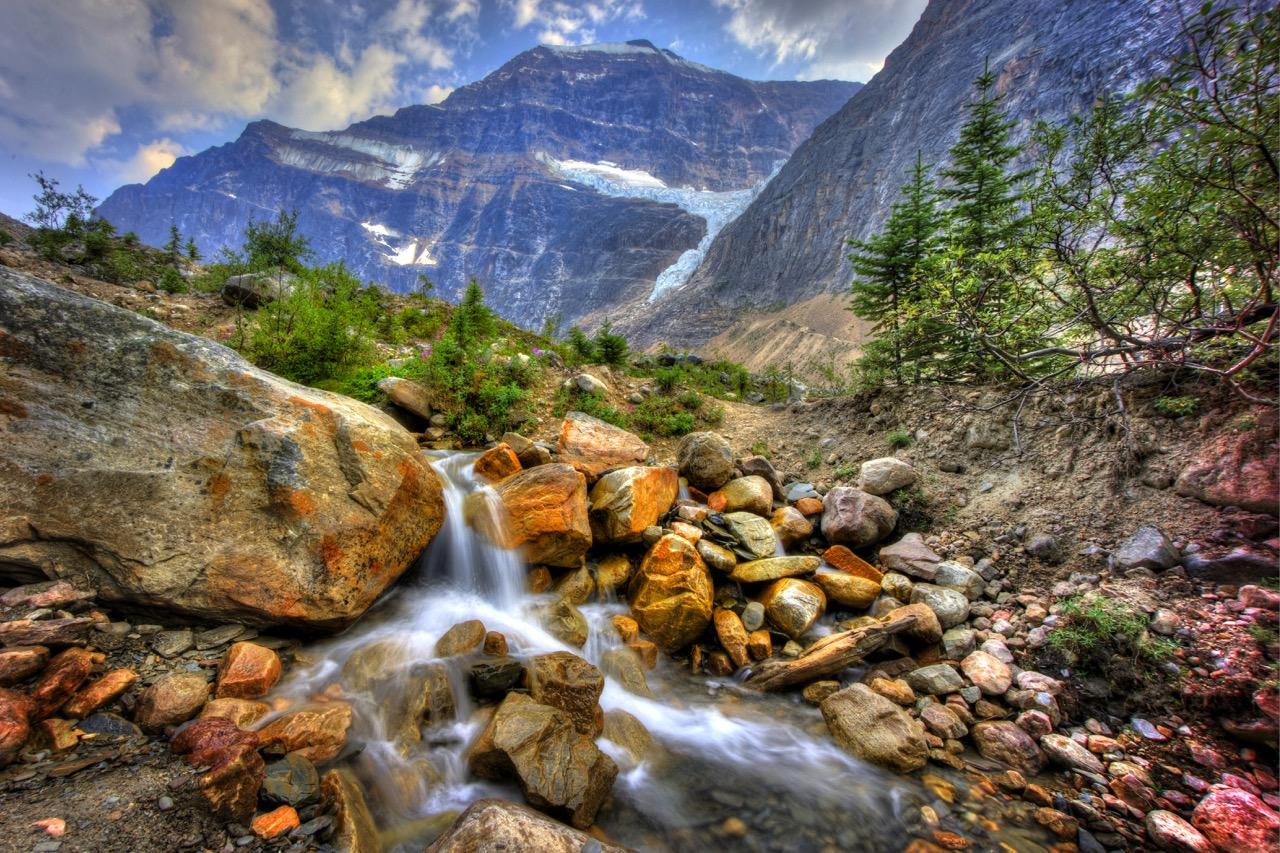 Angel Glacier - Alberta Can