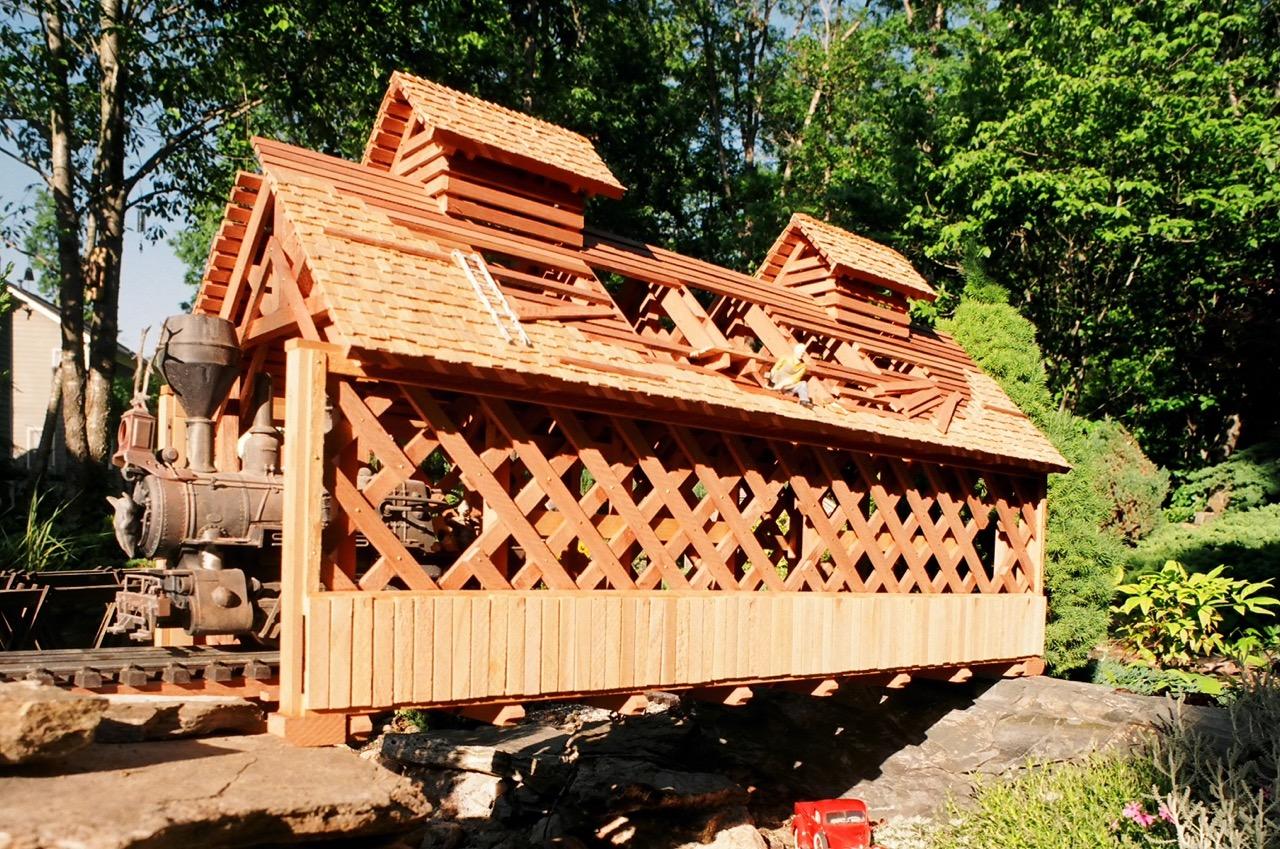"-Garden-Texture 35""Covered Bridge"
