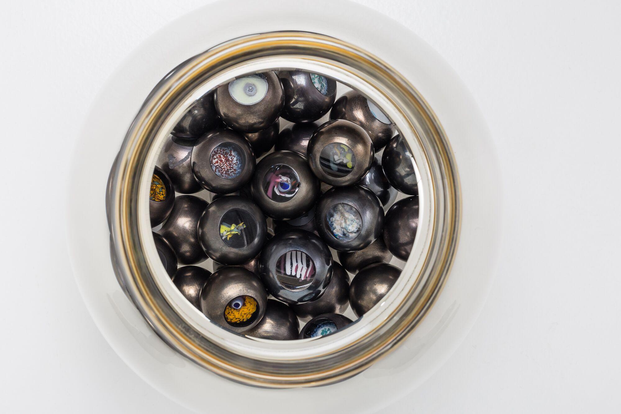 Caviar details