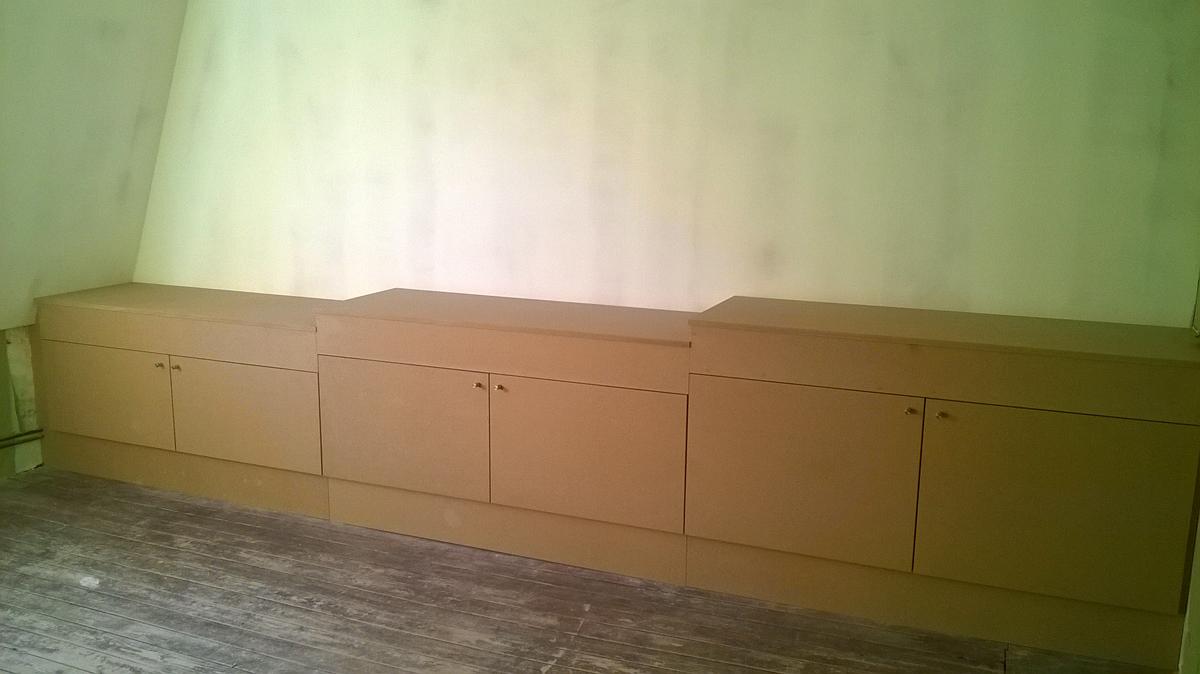 penderie meuble de rangement en MDF