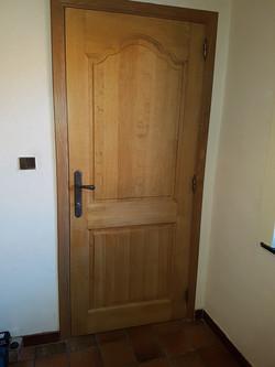 porte intérieure sur mesure menuiser